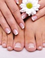 Regala a tu manicura un cuidado intensivo con el tratamiento para uñas serum de L'oreal 7 en 1