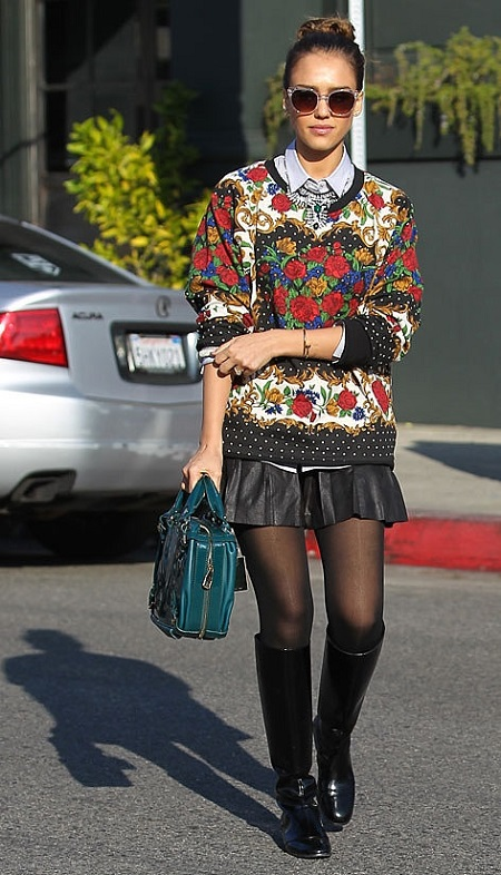 Jessica Alba casual look