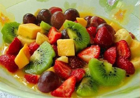 macedonia de frutas con canela