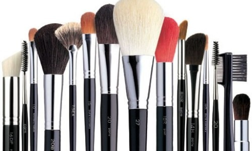 ¿Para qué sirve cada brocha de maquillaje? Tutorial sobre todas las brochas imprescindibles que debes tener en tu neceser