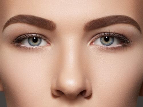 maquillaje-para-cejas-perfectas