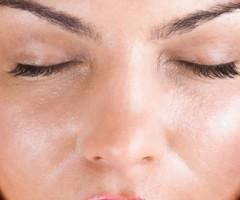 Las mejores bases de maquillaje para pieles mixtas y grasas